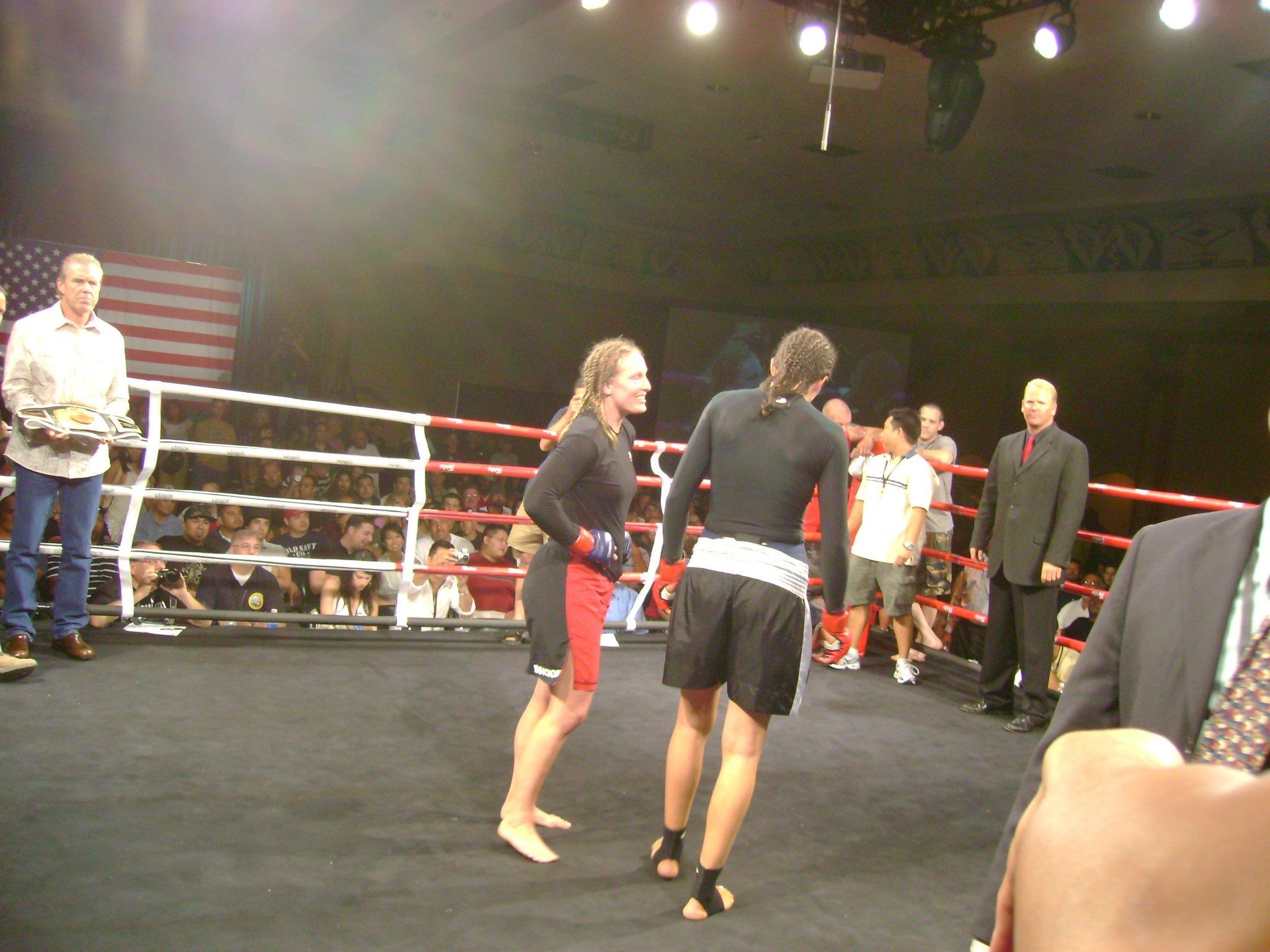 Elaina Maxwell mixed martial arts nude (91 photo), Ass, Paparazzi, Feet, cameltoe 2006