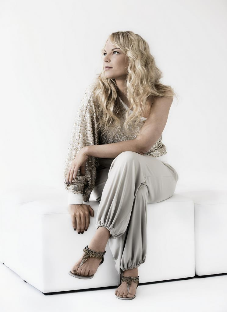 Elina Garanca's Feet Liv Tyler Imdb