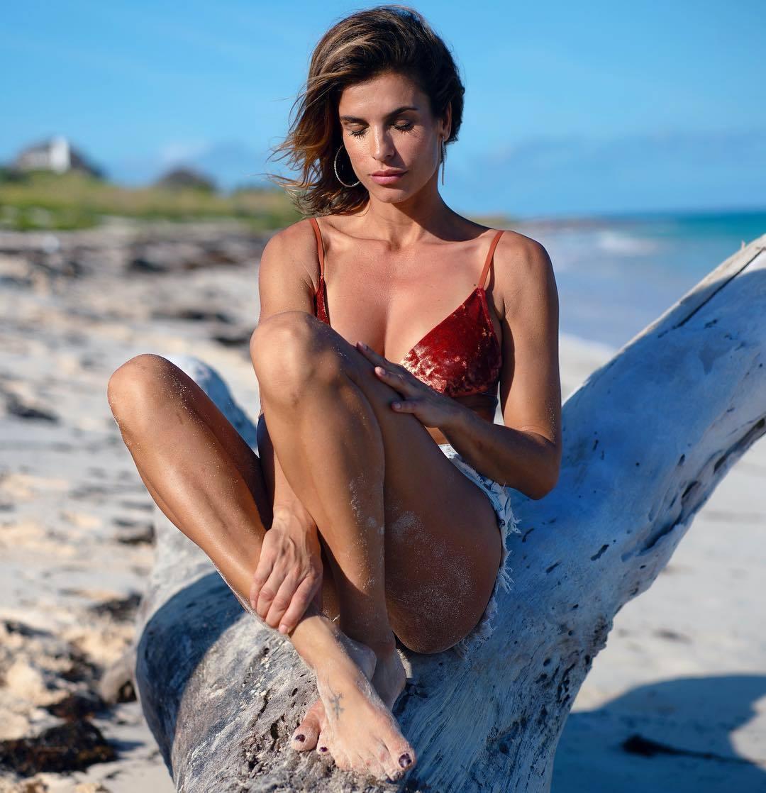 Feet Elisabetta Canalis nude (21 photo), Tits, Bikini, Selfie, cleavage 2018