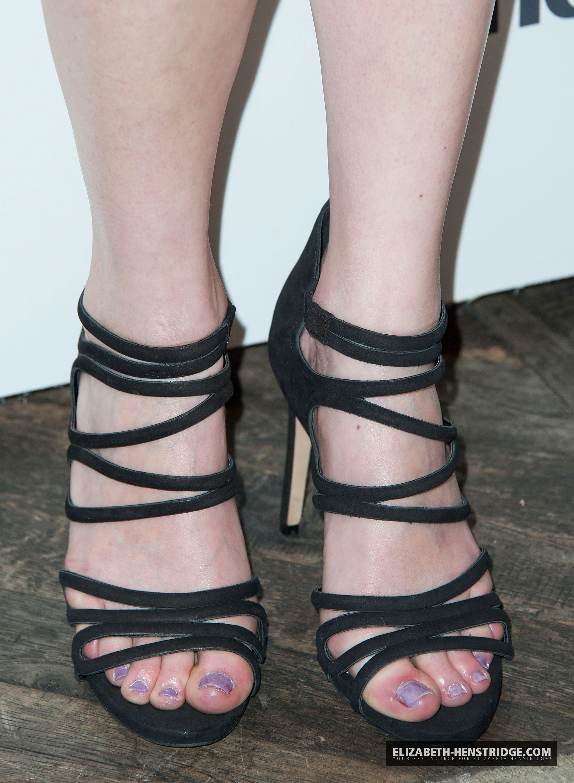 Elizabeth Henstridge Feet
