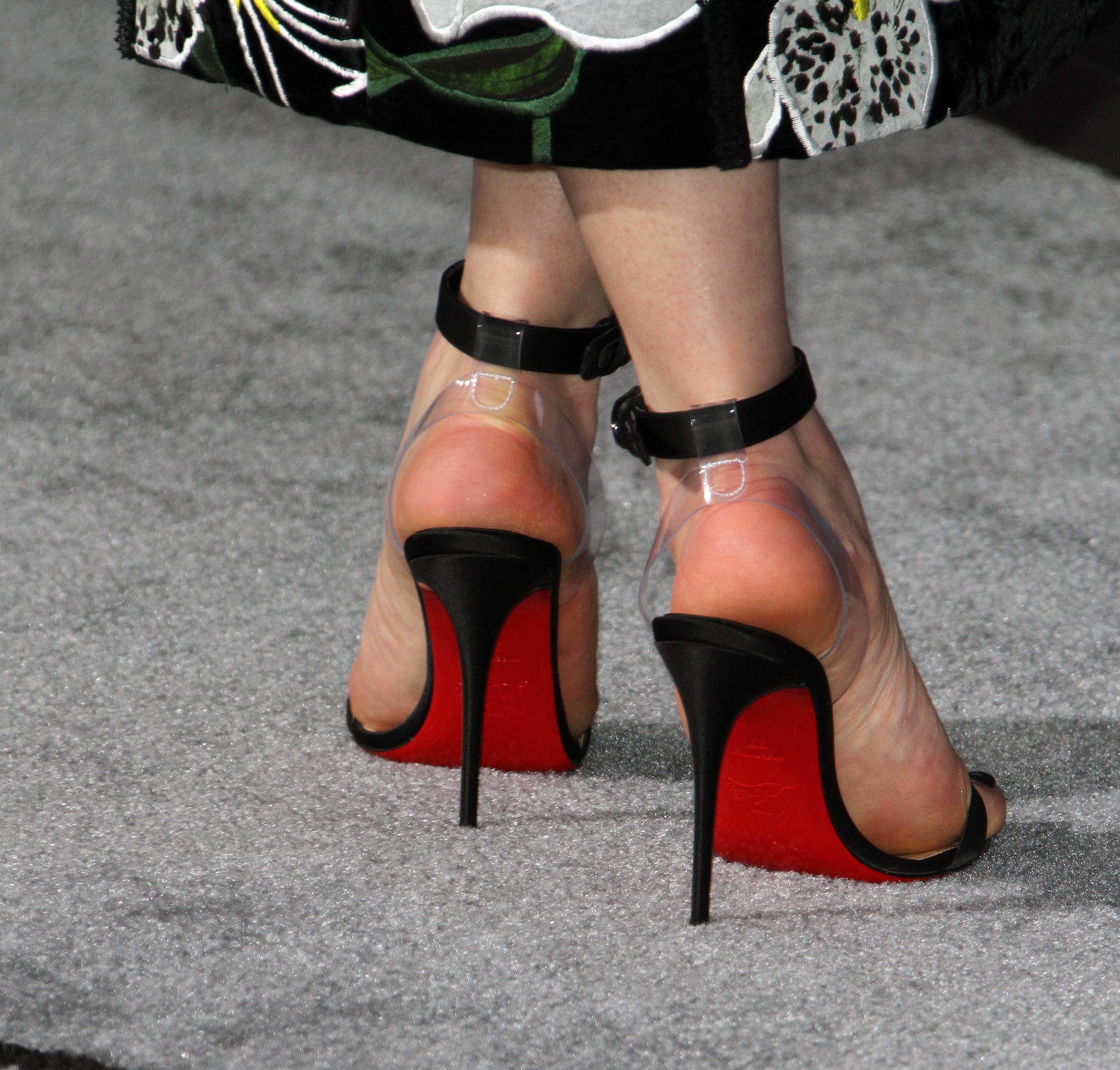 Emilia Clarkes Feet