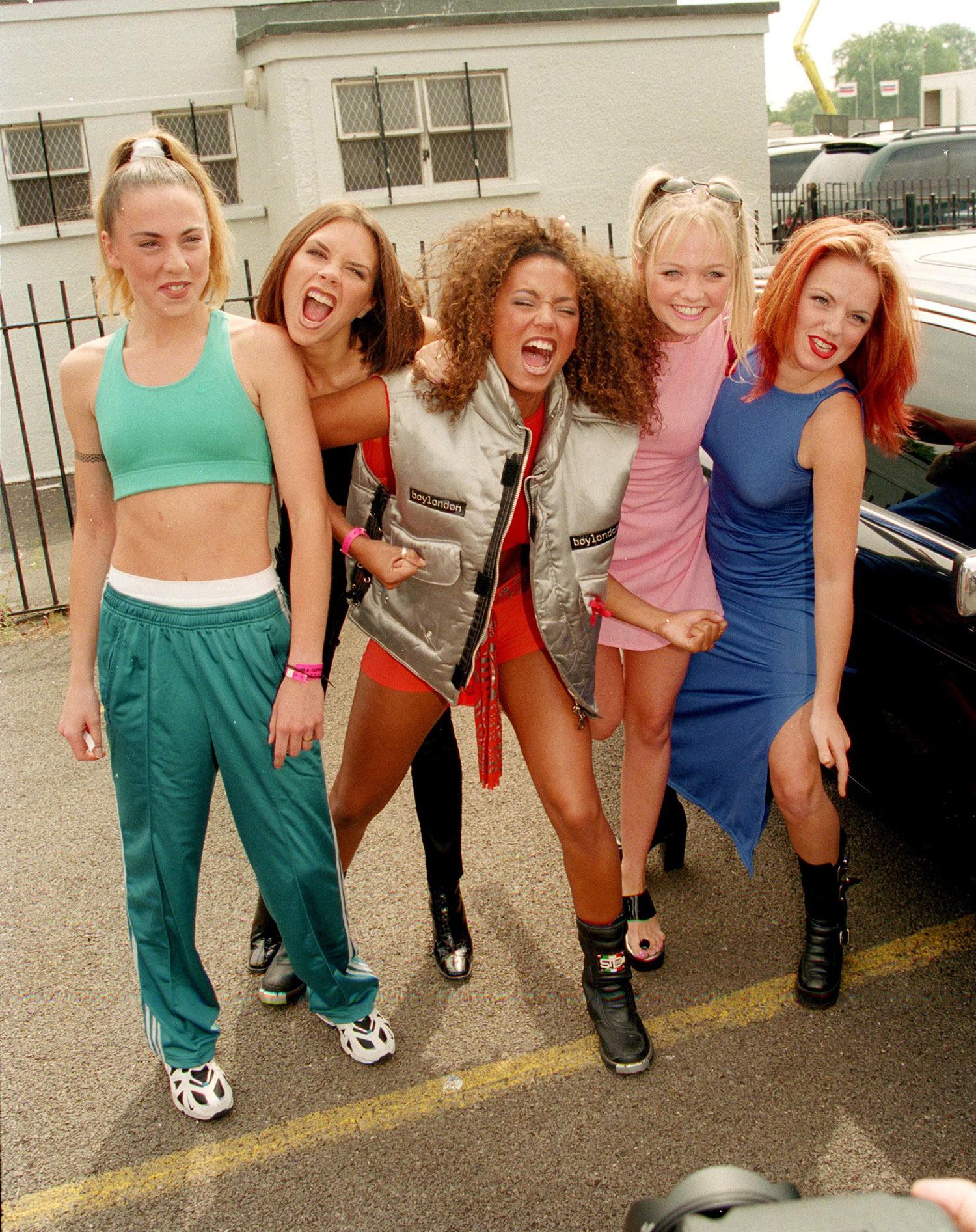Feet Spice Girls nudes (52 photo), Sexy, Sideboobs, Twitter, cameltoe 2015