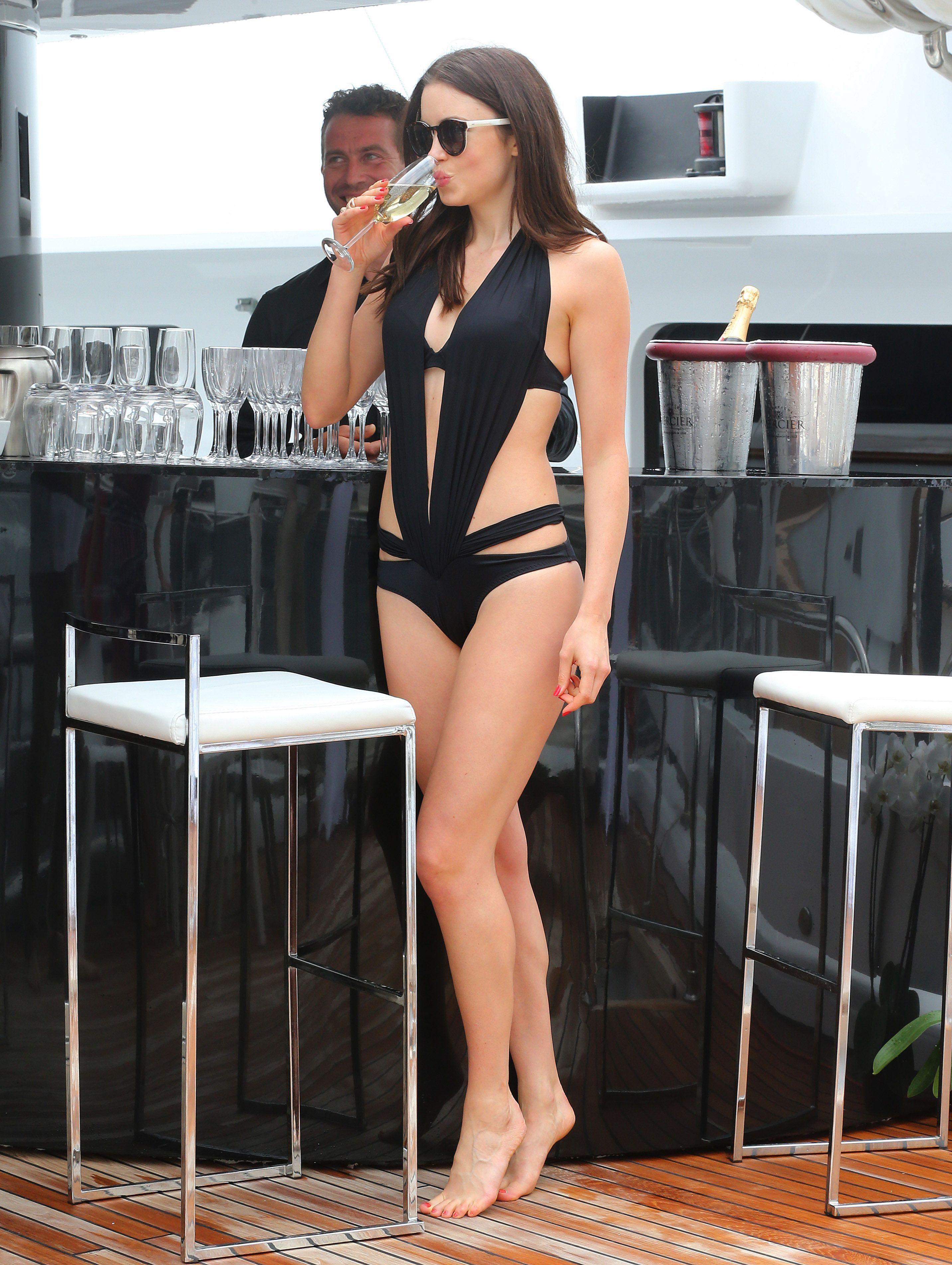 Feet Emma Miller naked (23 photos), Topless, Cleavage, Feet, panties 2019