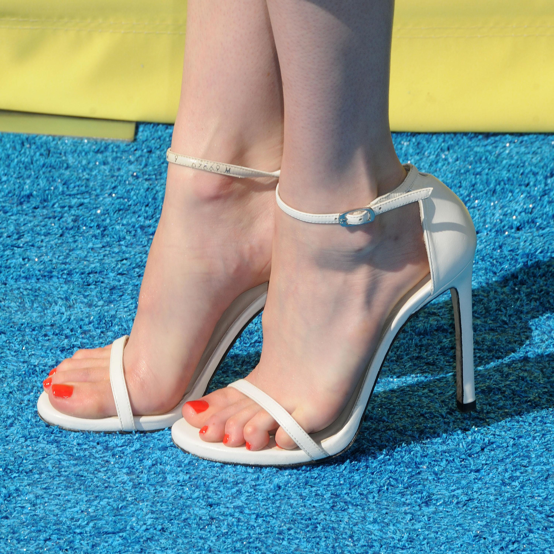 Emma Robertss Feet