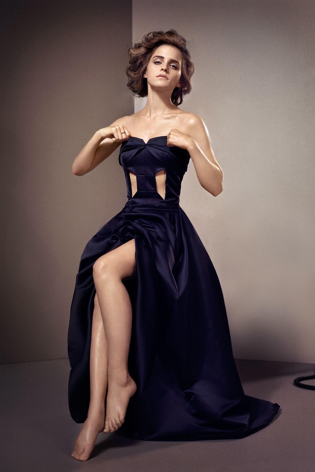 https://pics.wikifeet.com/Emma-Watson-Feet-1257557.jpg
