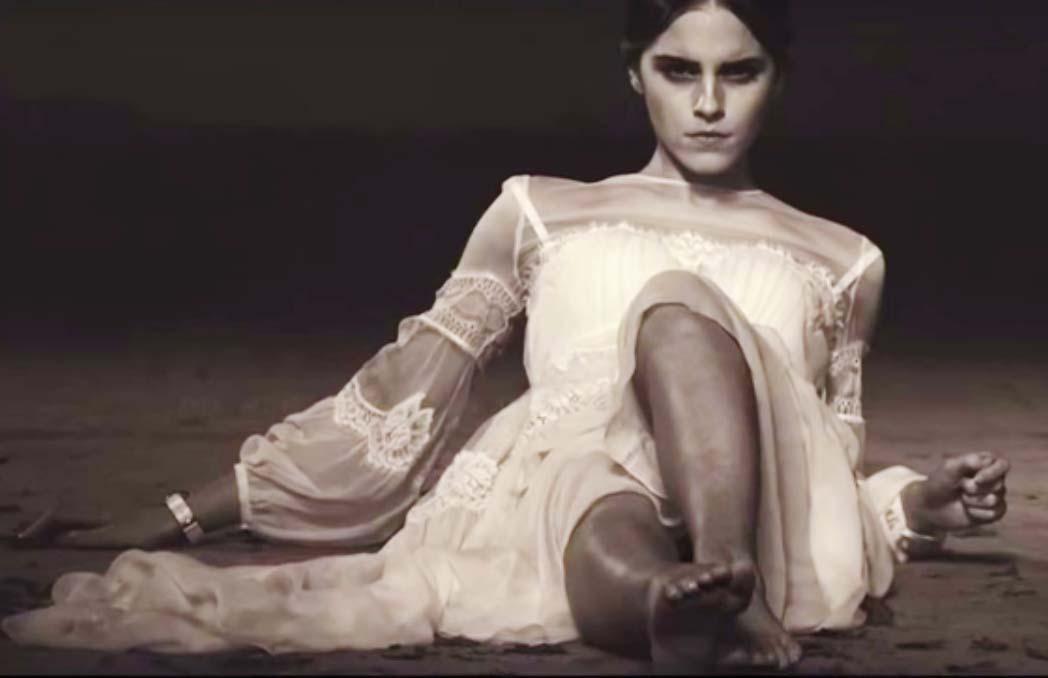 http://pics.wikifeet.com/Emma-Watson-Feet-1985443.jpg