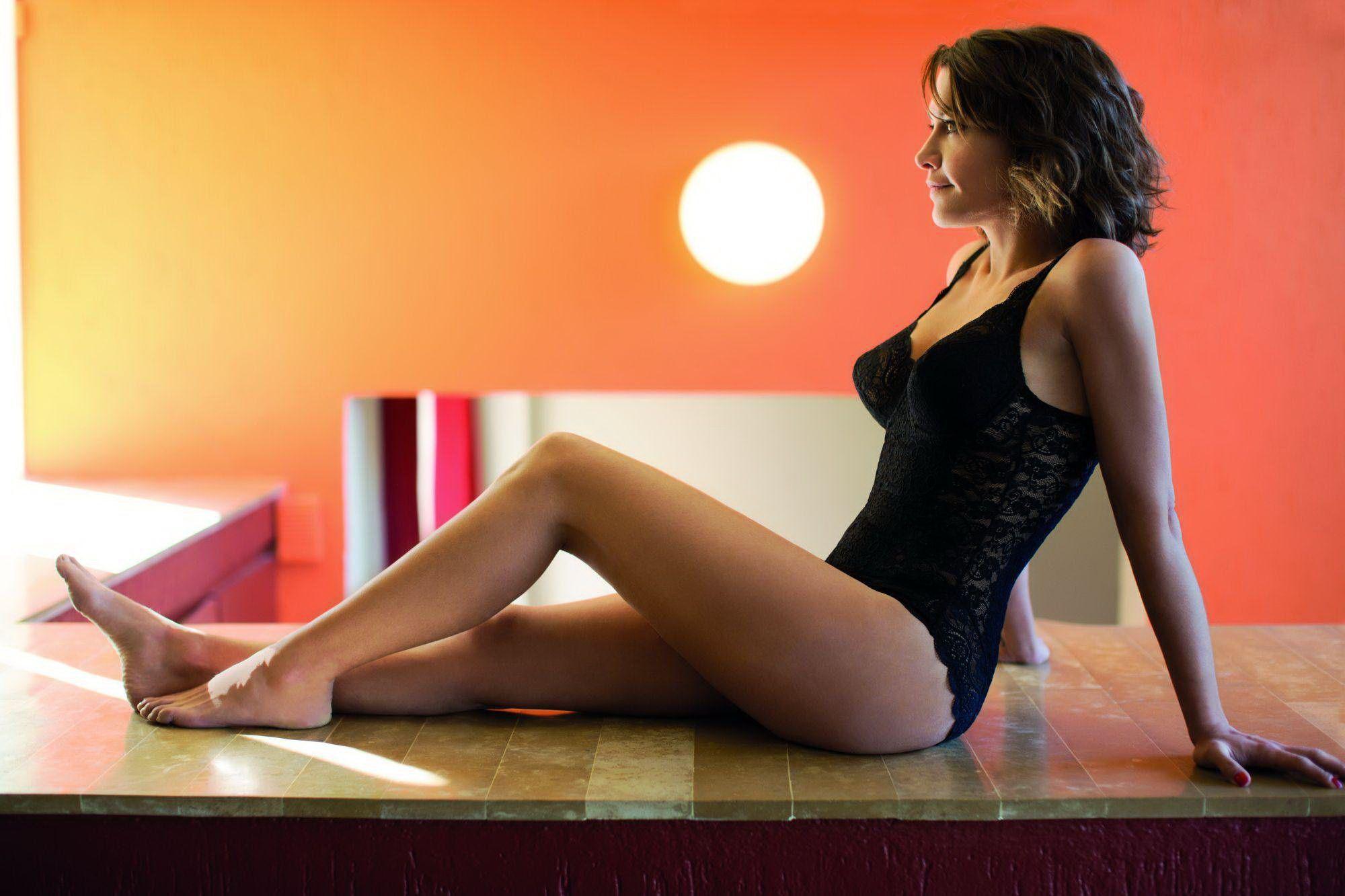 Emma De Caunes Nude 35