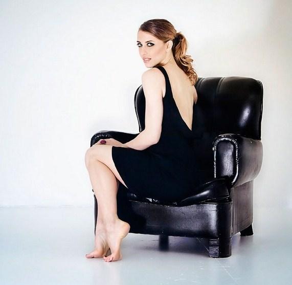 Erika Sanz Nude Photos 5