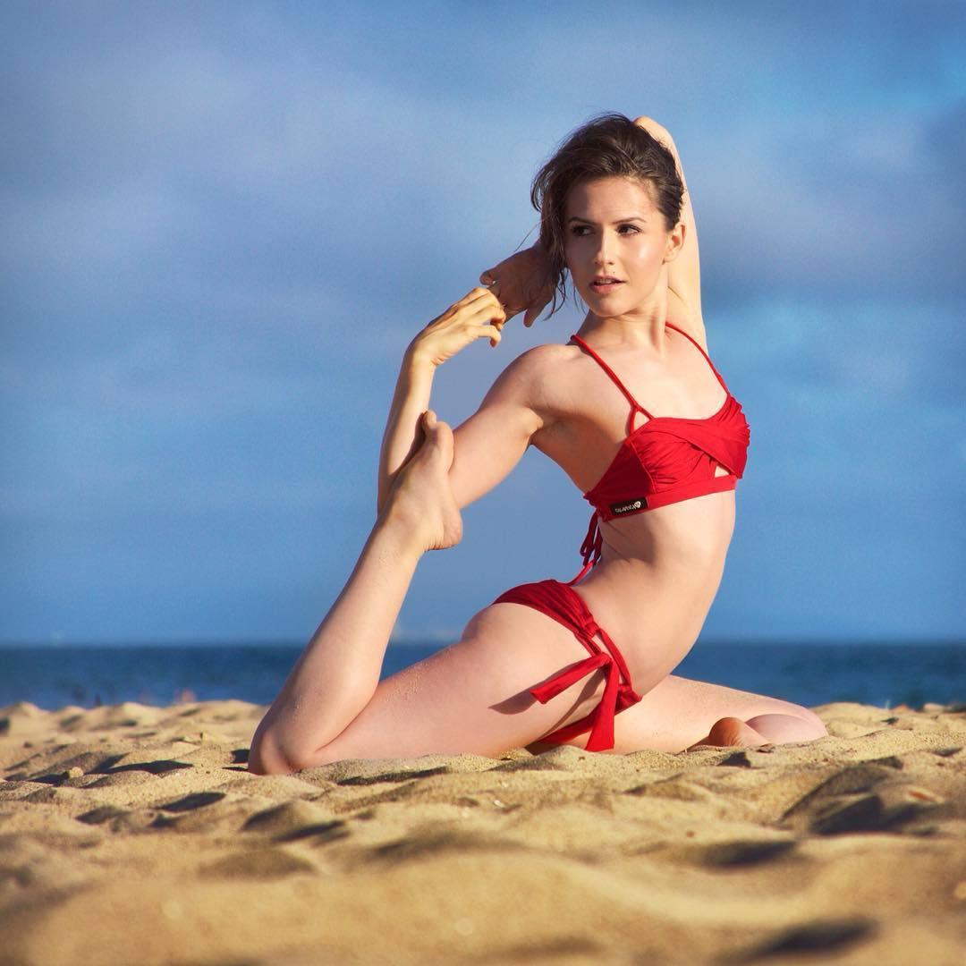 Feet Erin Sanders naked (79 photos), Sexy, Hot, Boobs, butt 2015