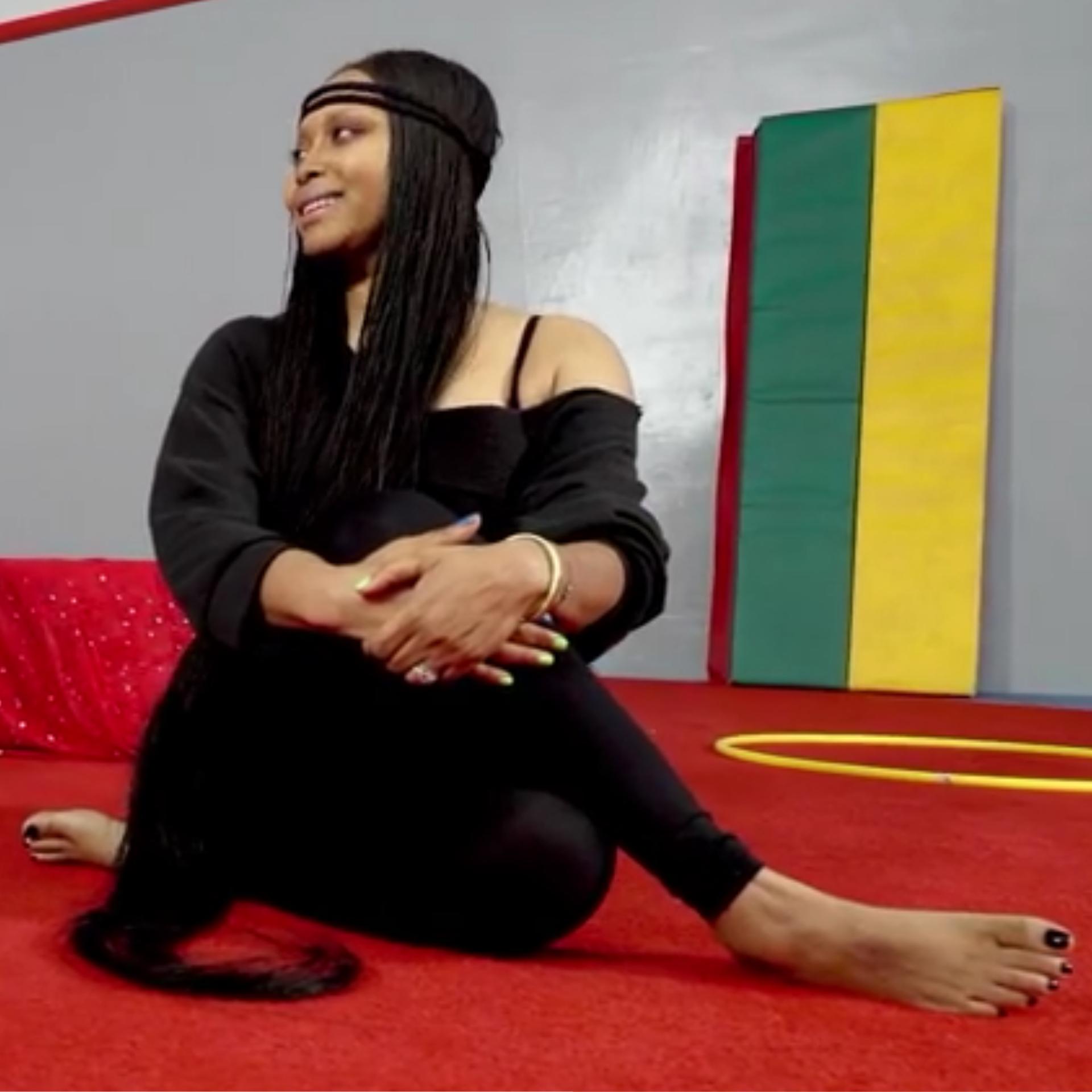 Superb Erykah Badus Feet Wikifeet Short Hairstyles Gunalazisus