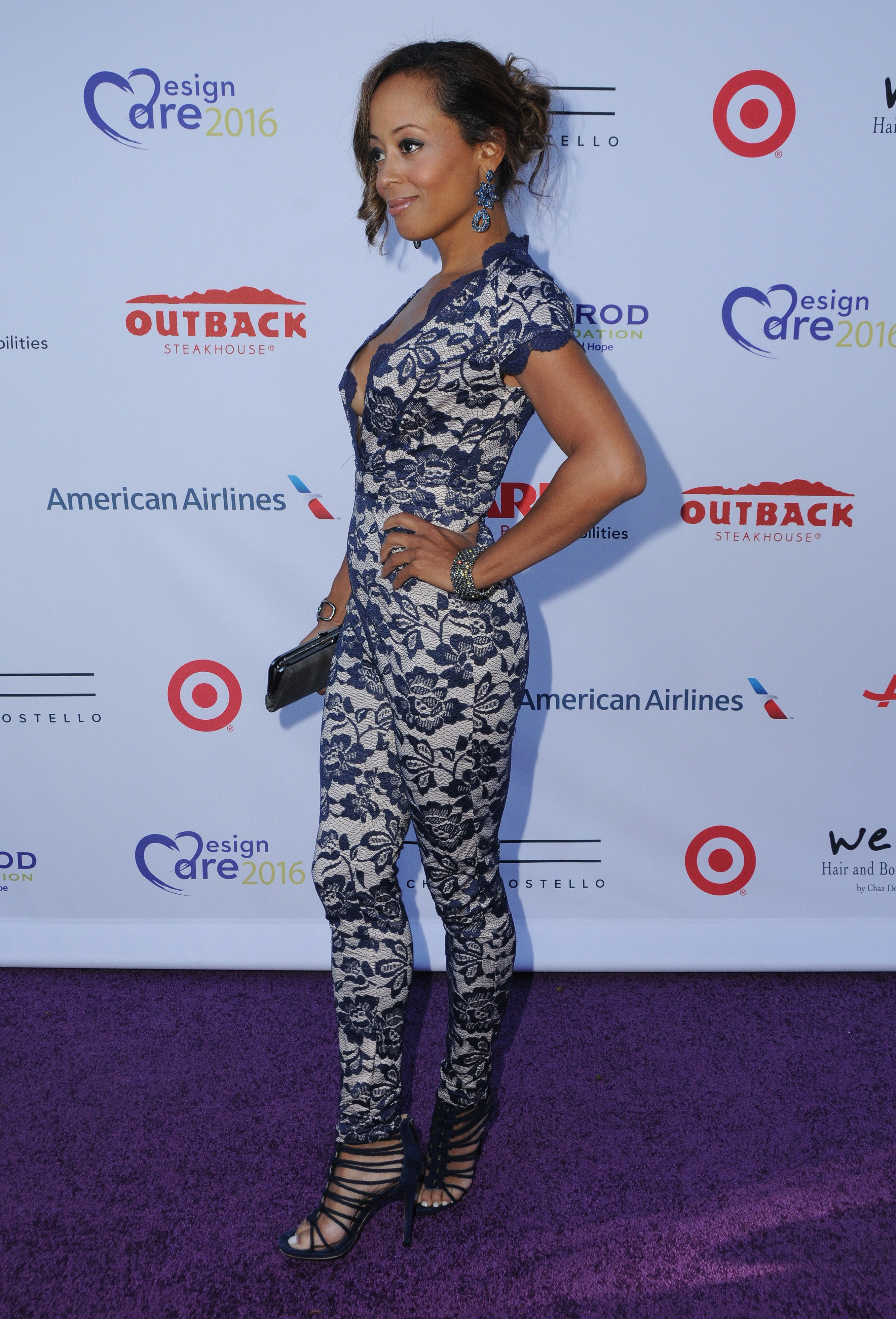 pictures Essence Atkins