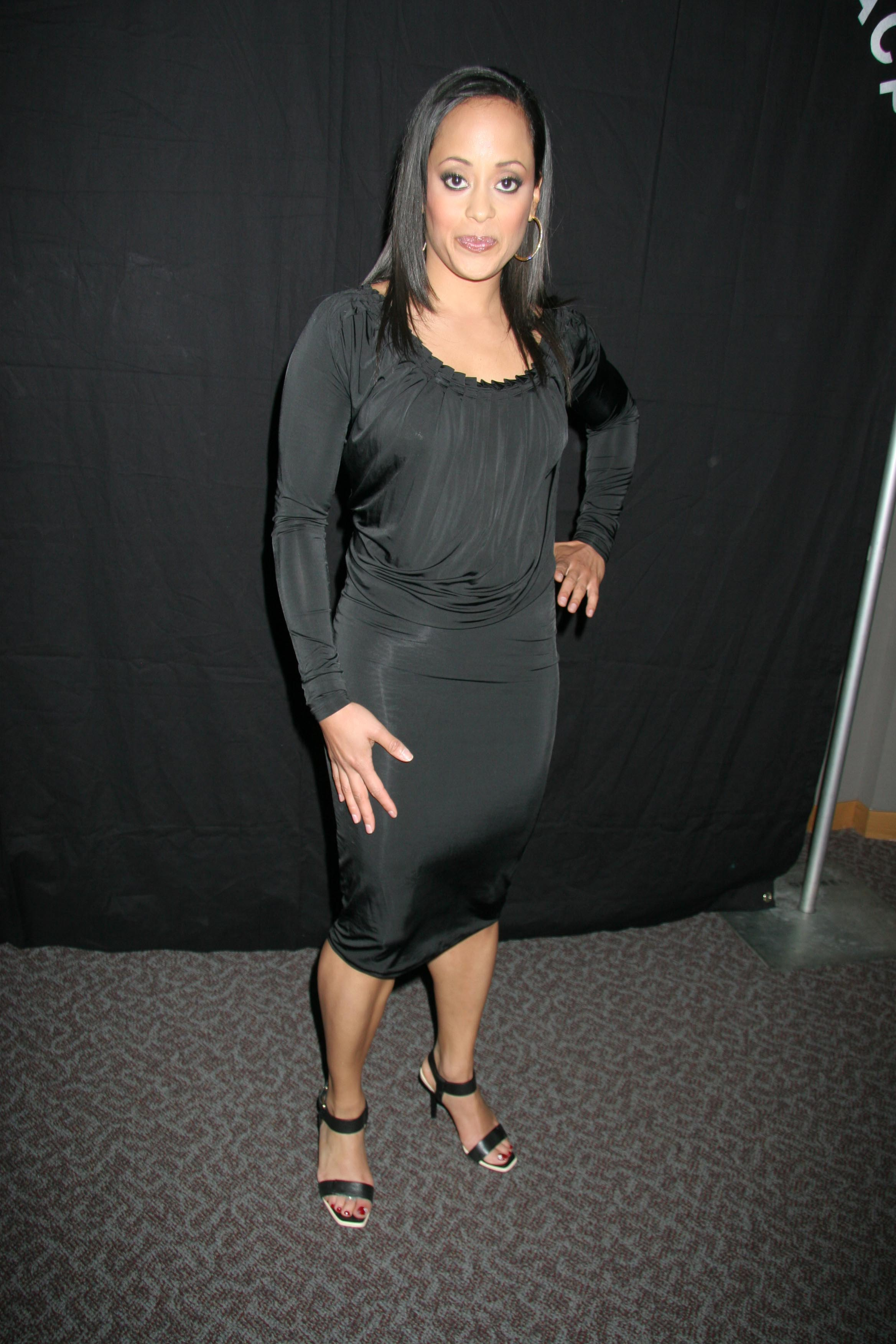 To download the Essence Atkins Images just Right Click on the image