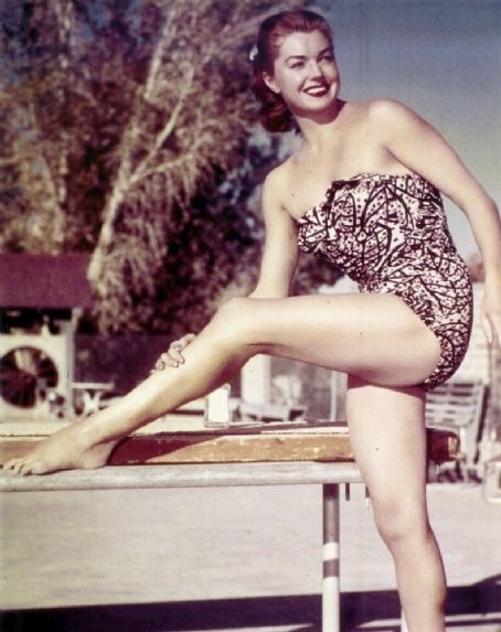 "Esther Williams in ""Million Dollar Mermaid"" (1952) Click for source. """