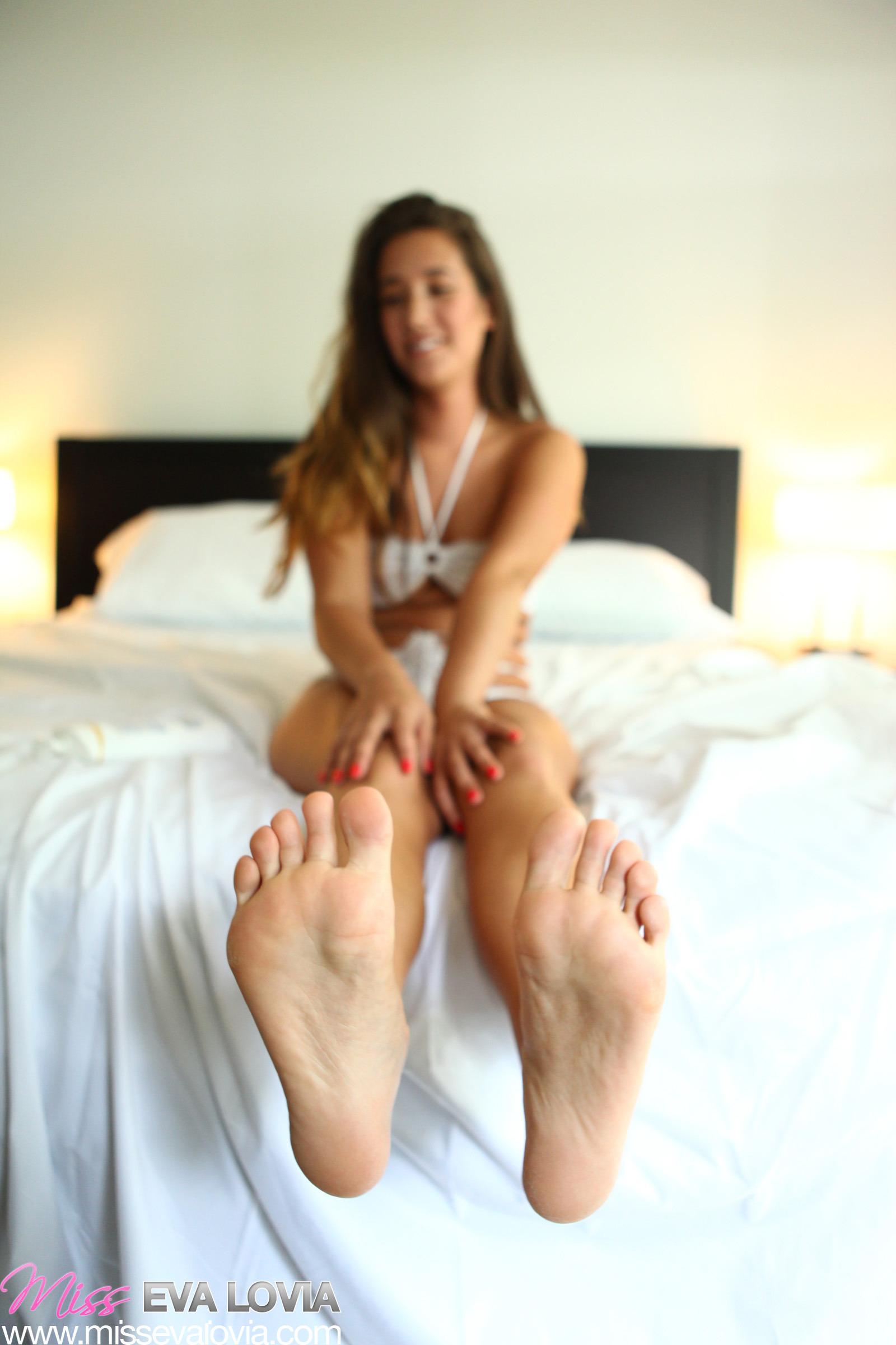 Eva lovia feet soles massage licking 10