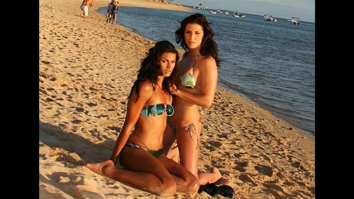 Fabienne de vries bikini photos