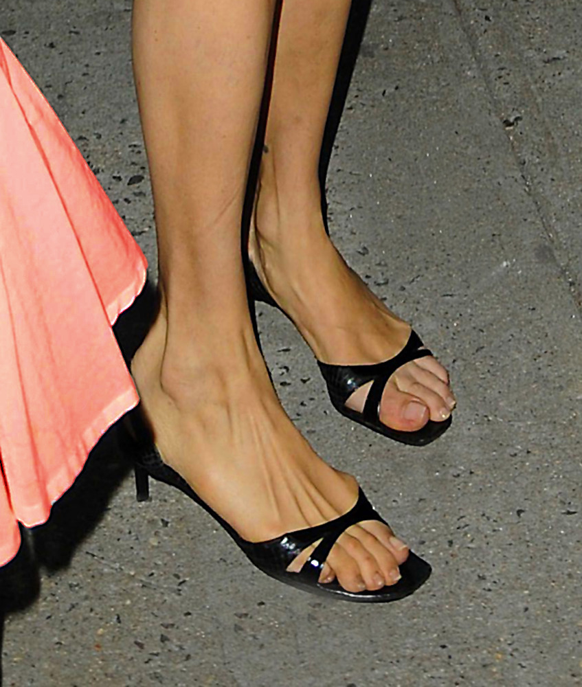 That interfere, S has has feet