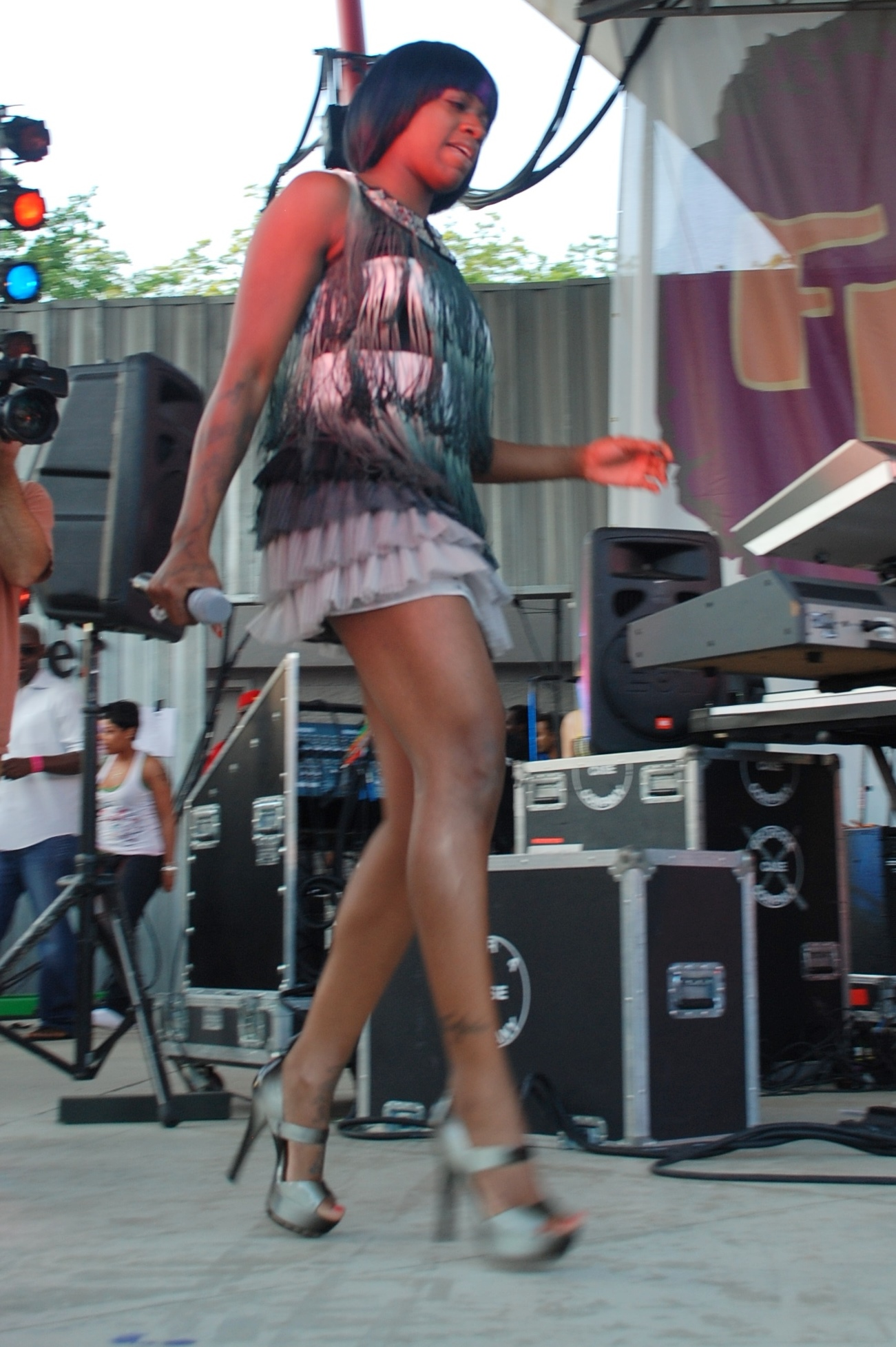 Feet fantasia barrino