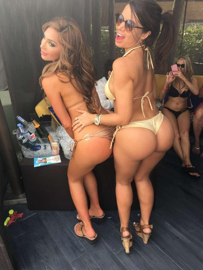 Watch Maria Rya tits video