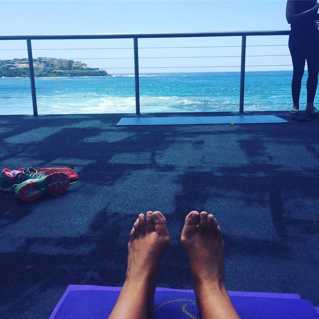 Feet Fiona Falkiner naked (16 pics), Paparazzi
