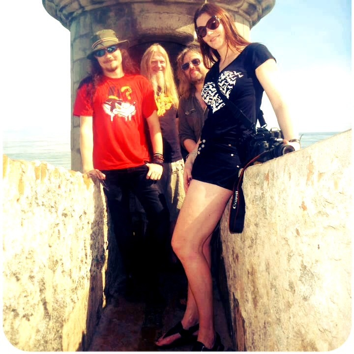 Floor Jansen. She Is A Dutch Singer And Songwriter Over 6 Feet Tall