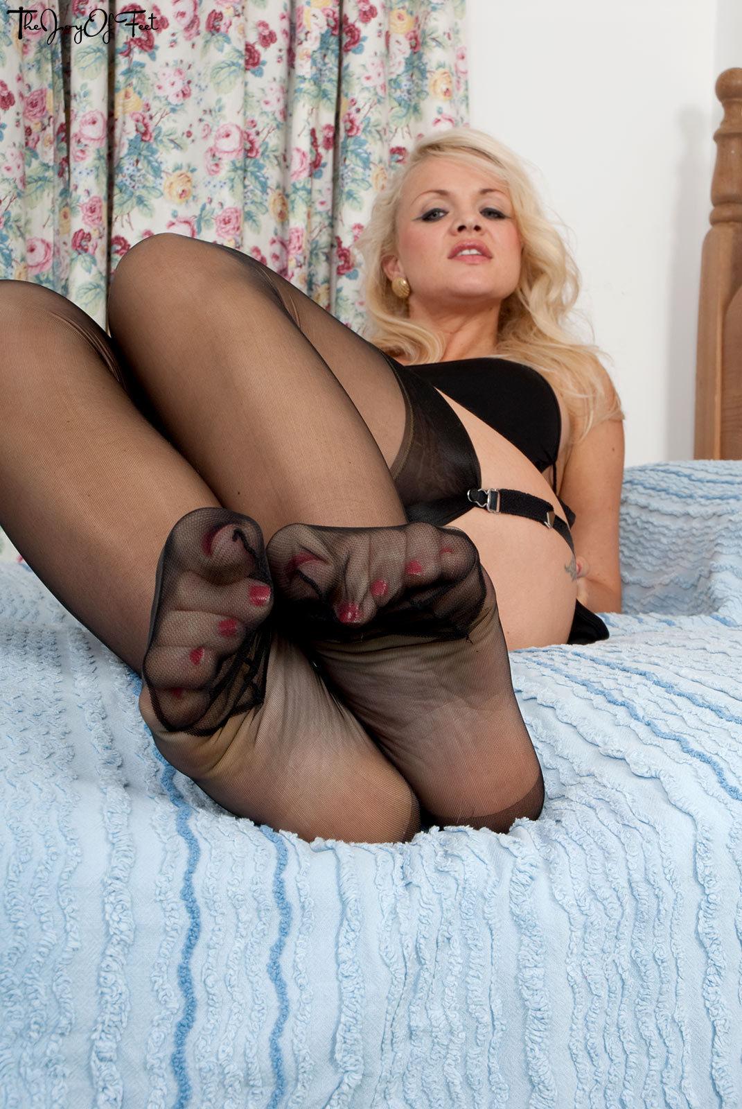 Babe feet