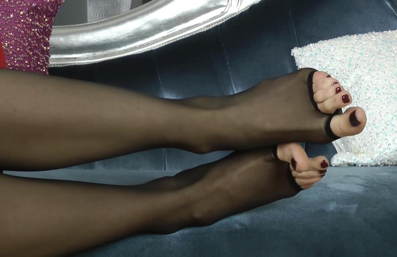 Gabrielle Taylor's Feet