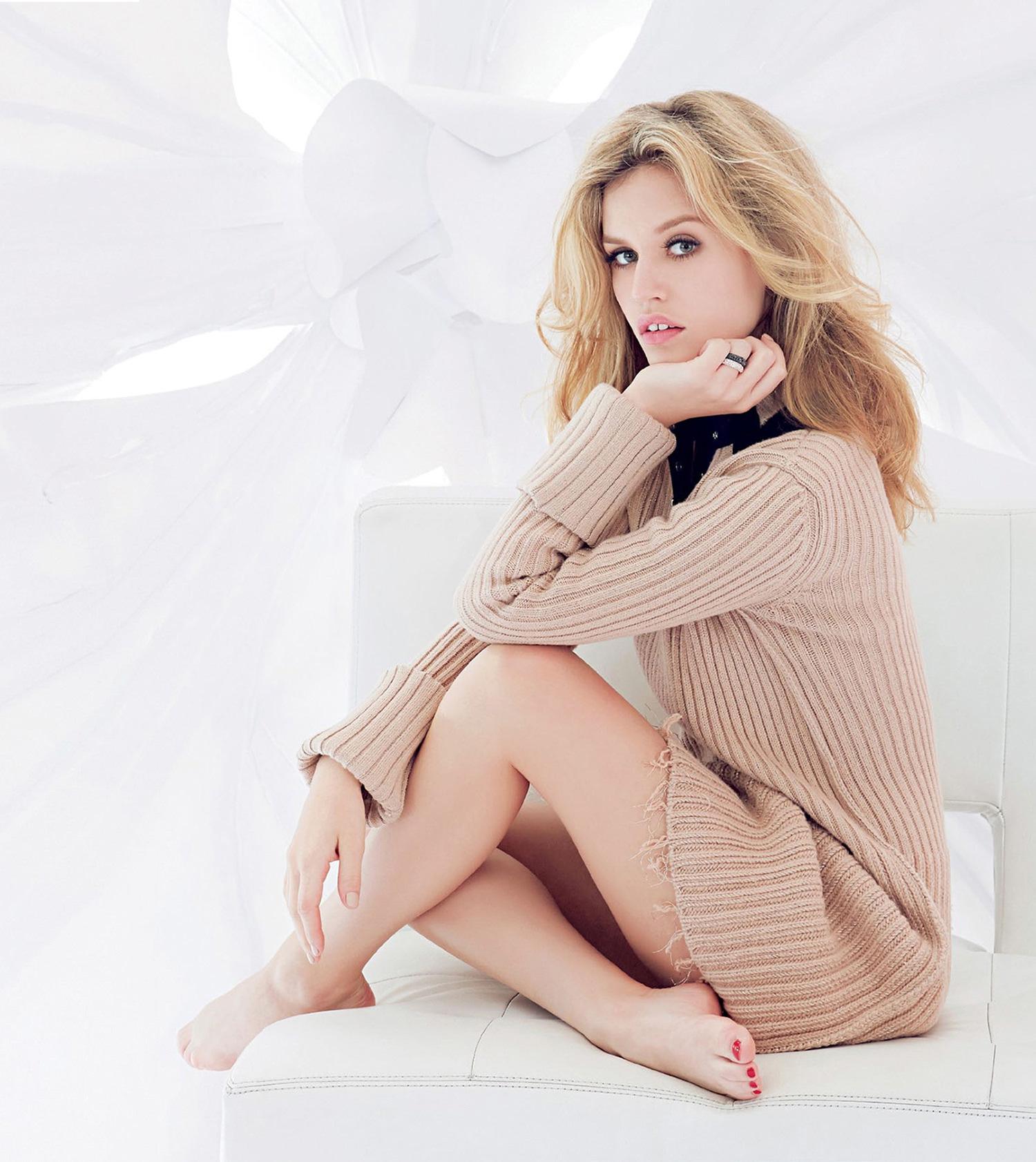 Celebrity Caroline Trentini naked (84 photo), Tits, Paparazzi, Selfie, panties 2015