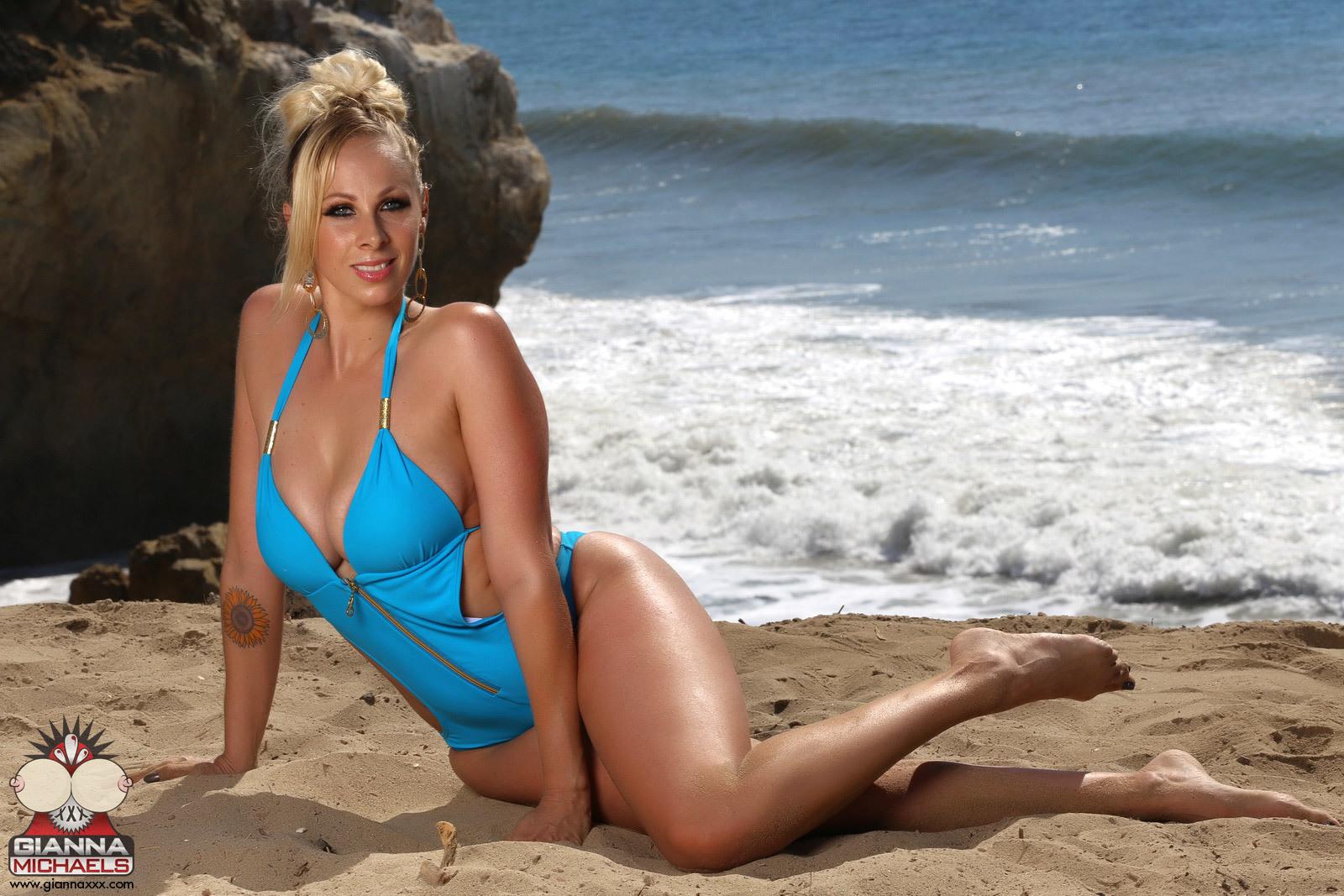 Твиттер gianna michaels, Gianna Michaels порно - HD видео для взрослых 28 фотография