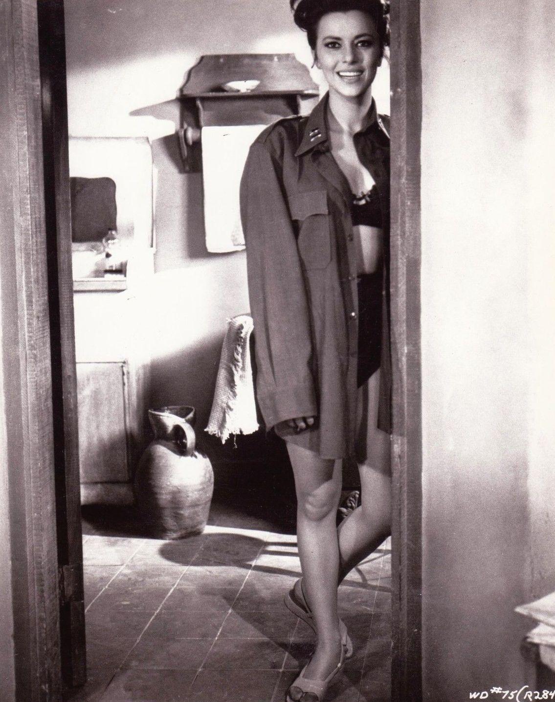foto Giovanna Ralli (born 1935)