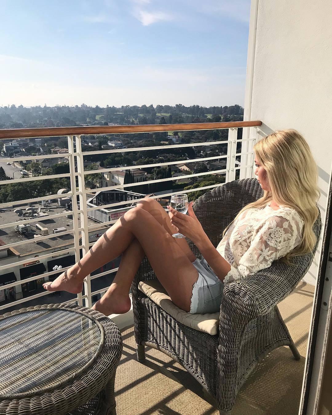 legs Feet Giuliana Farfalla naked photo 2017
