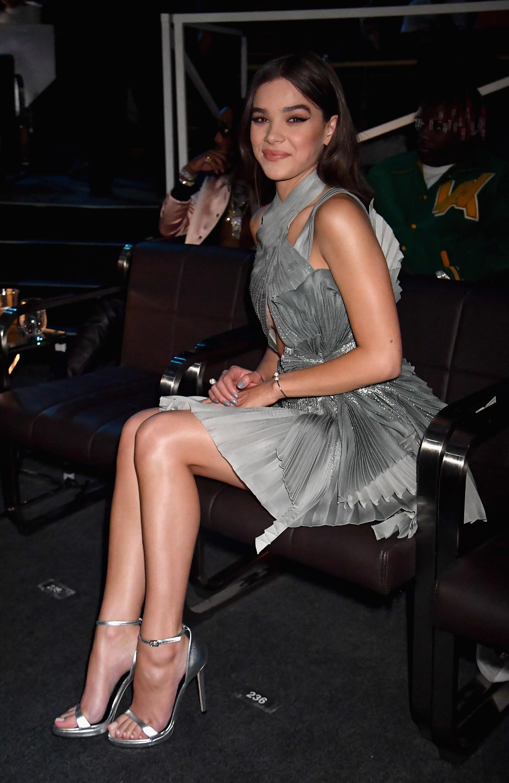 Hailee Steinfelds Feet-1068