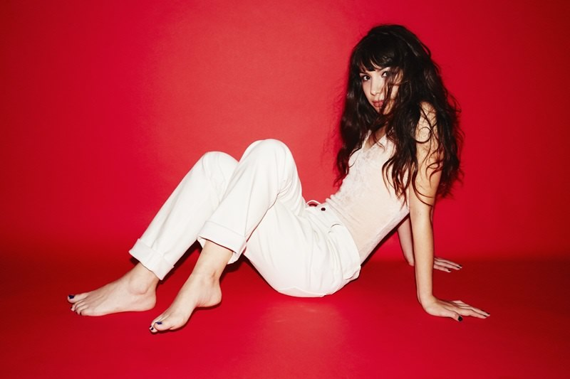 Hannah Marks's Feet Eva Green Image Gallery