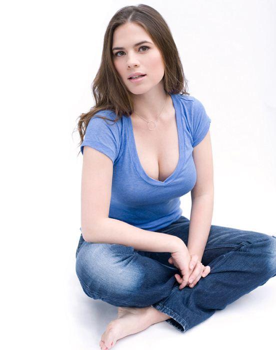 Hayley Atwells Feet-6076