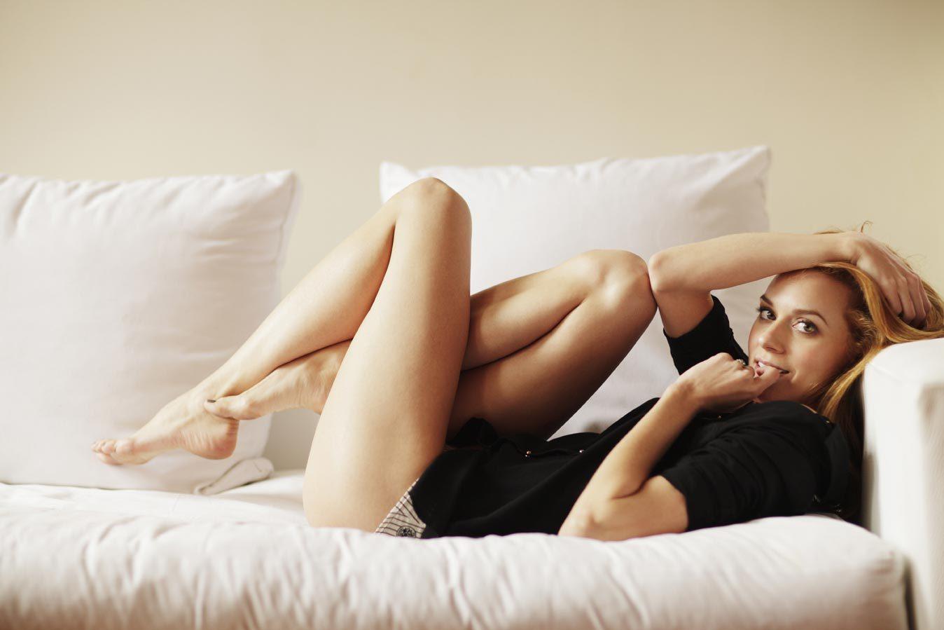 Hilarie burton sexy