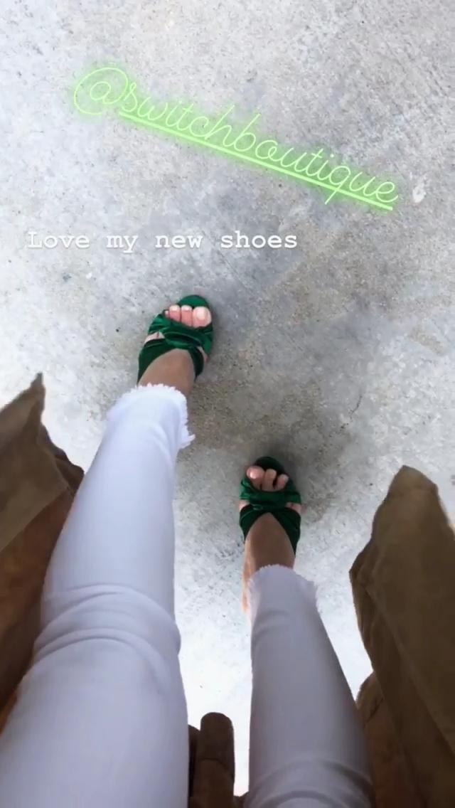 Hilary Duffs Feet-2862