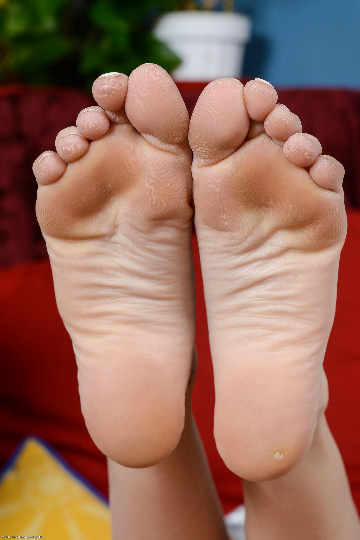 hope harper feet