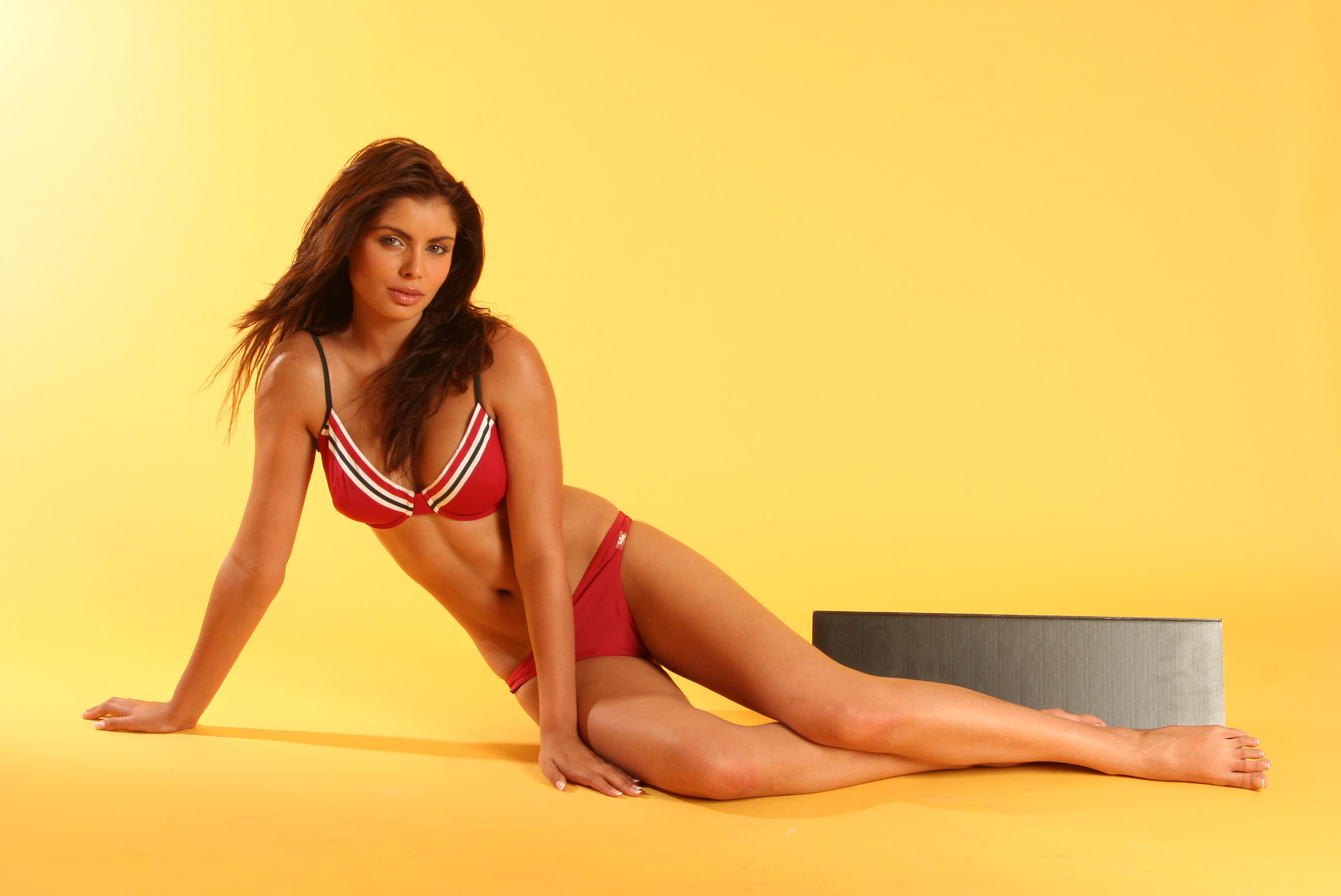 Ileana Lazariuc Nude Photos 77