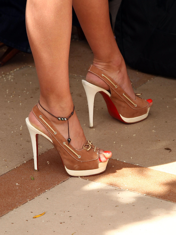 Irina Shayks Feet