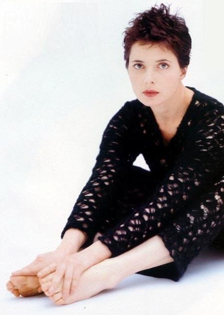 https://pics.wikifeet.com/Isabella-Rossellini-Feet-923158.jpg