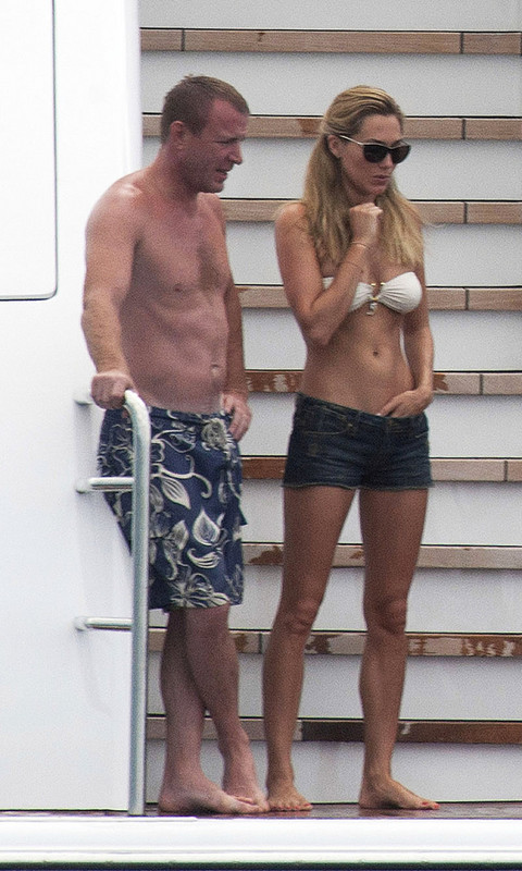 nackt Ainsley Jacqui Guy Ritchie