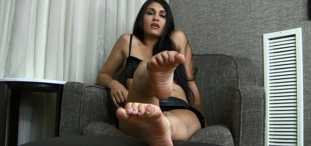 Russian Girl Feet Tickle