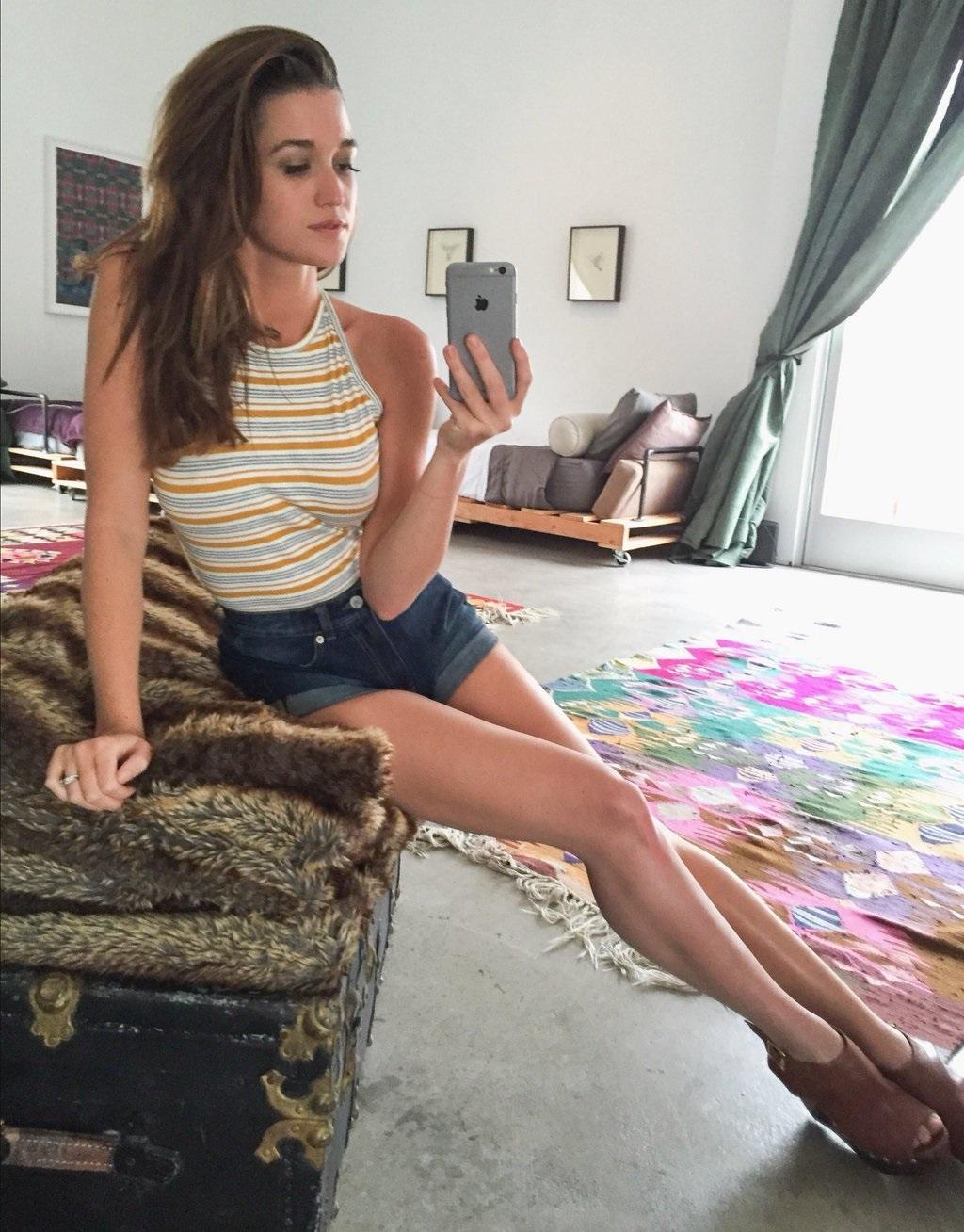 Feet Jade Roper nude (44 photo), Fappening