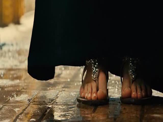 jaimie alexander feet and toes
