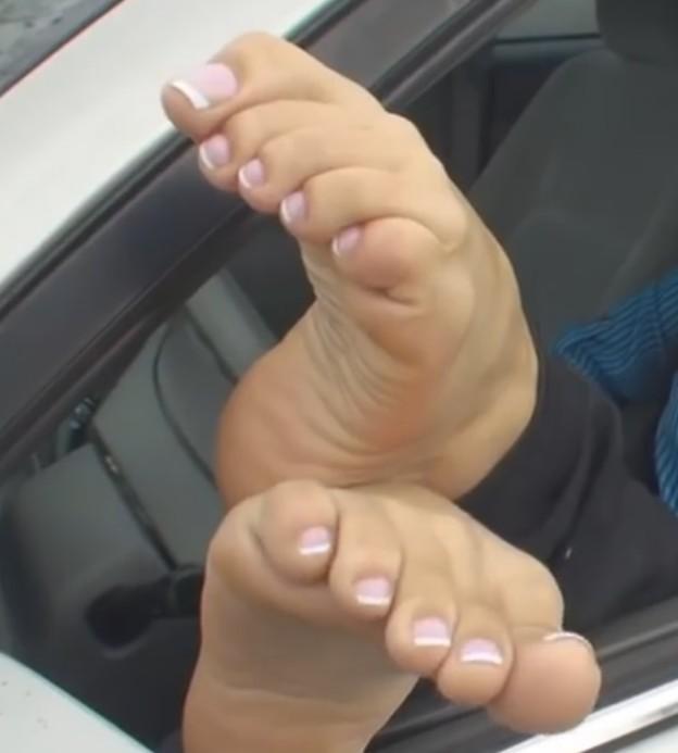 Jamie Valentines Feet