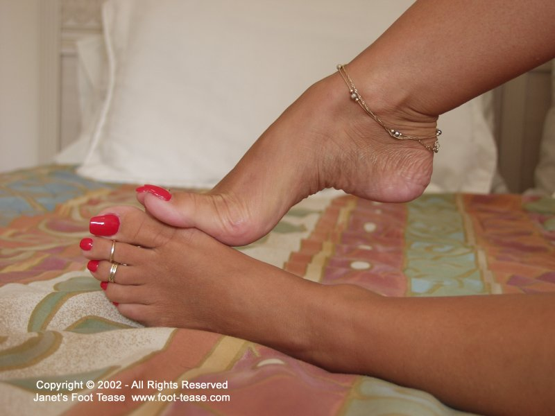 sexy nude female toes