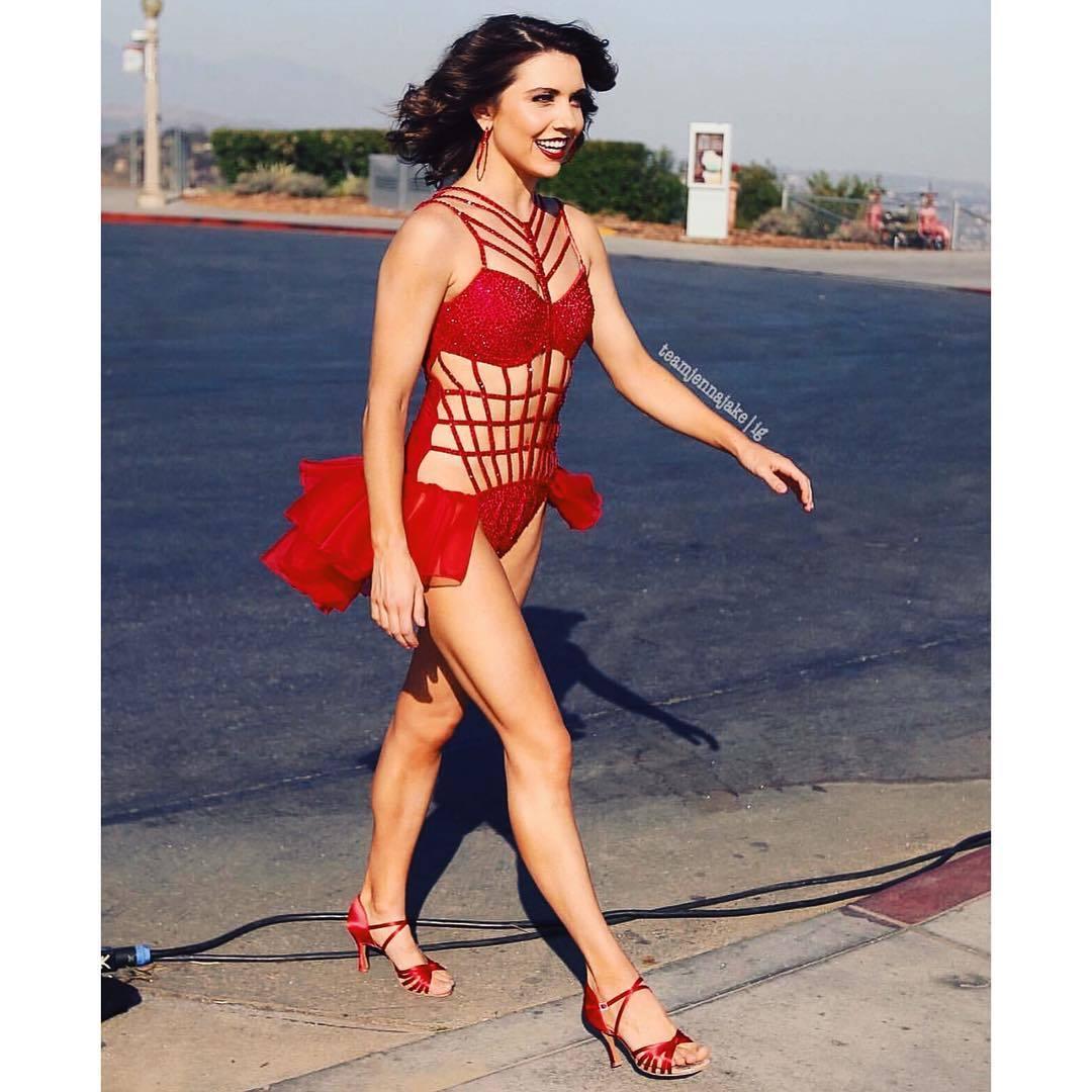 Hot samba dancing 2012 vinheta musa - 1 part 3
