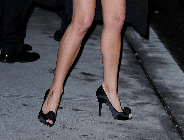 3000 x 2274 id 1187757 - Jennifer aniston barefoot ...