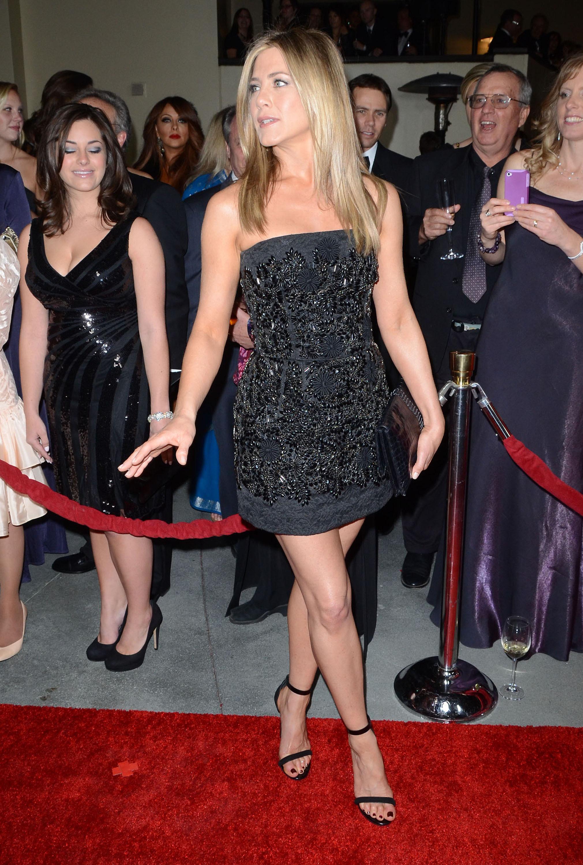 2021 x 3000 id 1187780 - Jennifer aniston barefoot ...