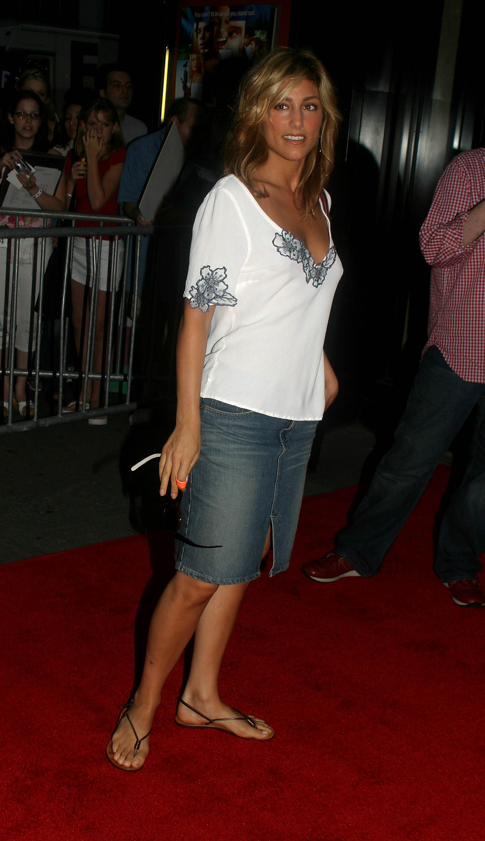 Sexy legs of jennifer esposito