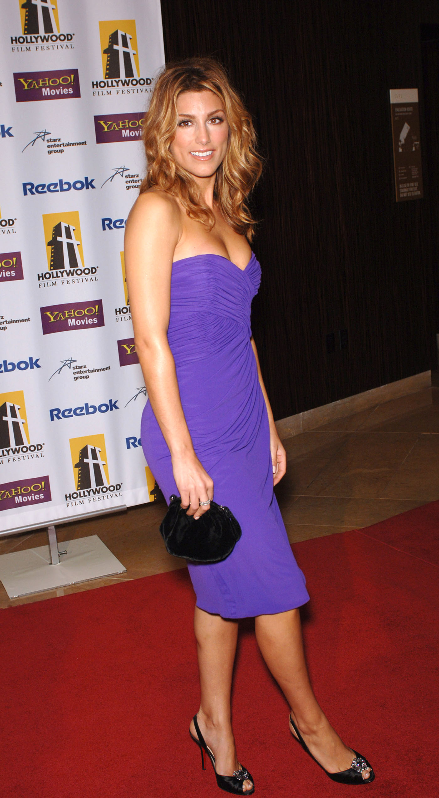 jennifer esposito feet